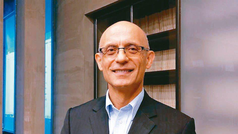 智邦執行長Edgar Masri看好電信白牌及AI將成為智邦未來成長關鍵。 記者...