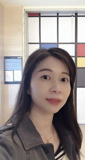 大是文化副總編輯顏惠君平時挖掘存股作家,這幾年,她也是「存股」的愛好者與實踐者。...