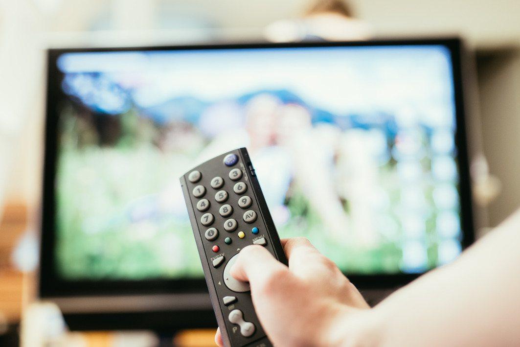 今年第3季全台有線電視收視戶跌破500萬大關。 情境示意圖。圖/Ingimage