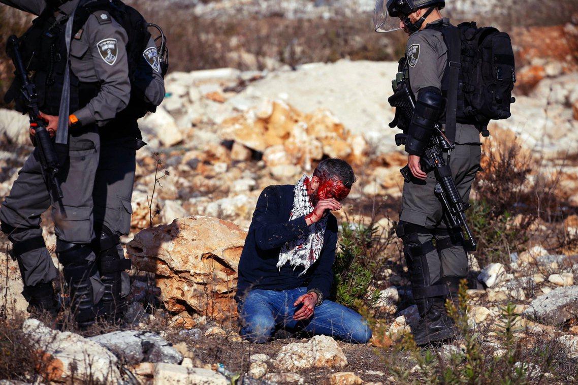 川普政府18日作出重大中東決策,承認在約旦河西岸的巴勒斯坦領地裡,當前所有、與未...