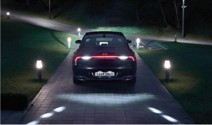 小改款Hyundai Grandeur導入Hyundai SamrtSense主...