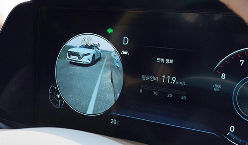 小改款Hyundai Grandeur如同新世代Sonata與氫燃料車Nexo,...