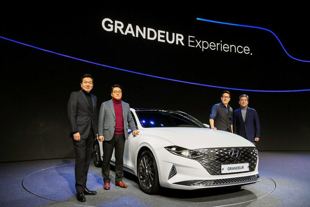 小改款Hyundai Grandeur車身尺碼較先前車型來得大。 摘自Hyund...