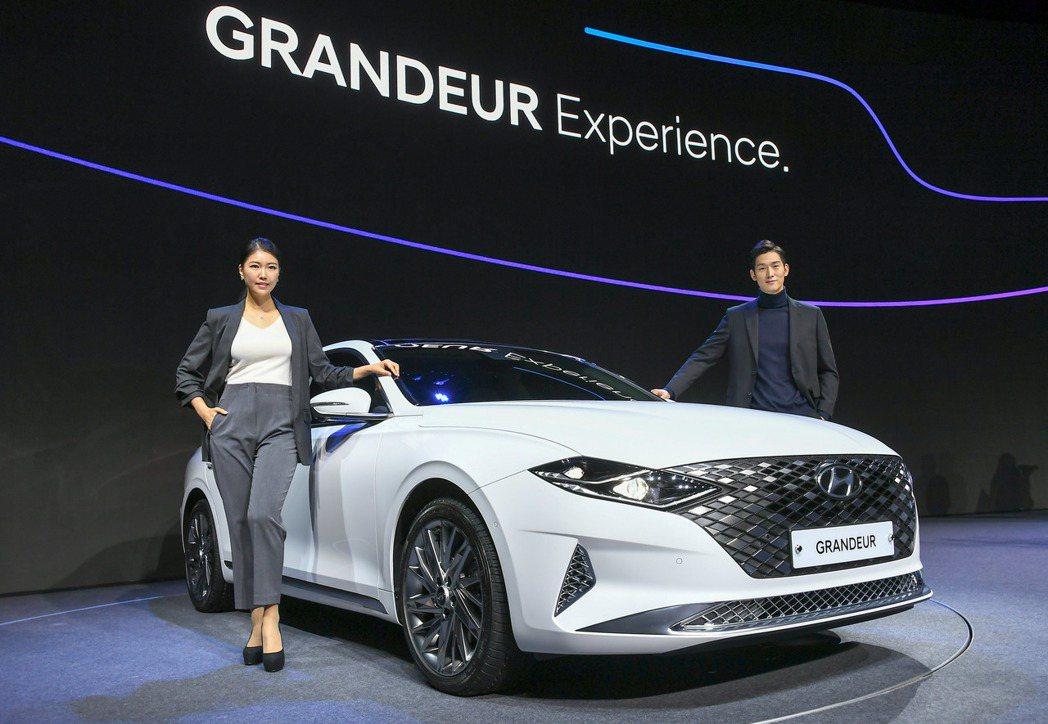 小改款Hyundai Grandeur在今日(19)正式於韓國發表。 摘自Hyu...