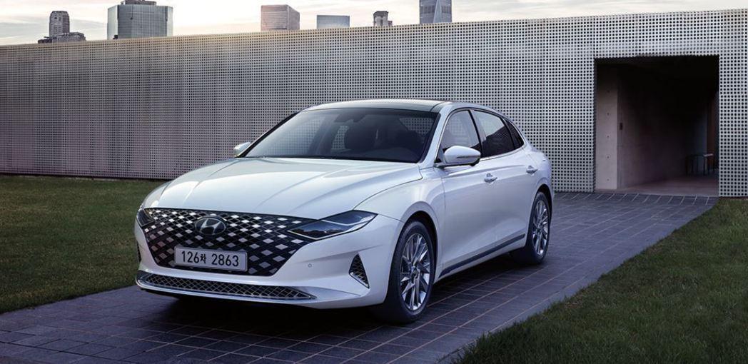 小改款Hyundai Grandeur Hybrid。 摘自Hyundai