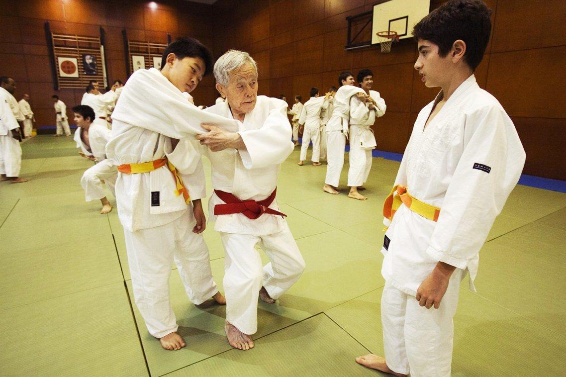 近年來日本柔道界,不時傳出有小學生在練習過程當中受到重傷、甚至於導致死亡的事故。...