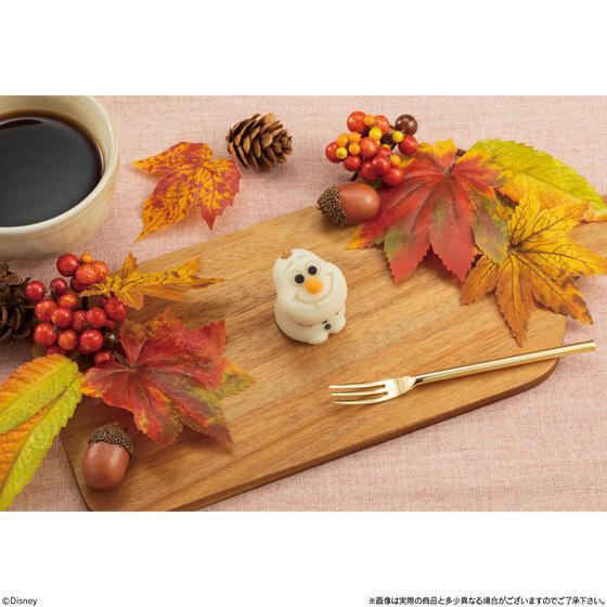 可愛模樣的雪寶和菓子。圖/擷取自BANDAI官網