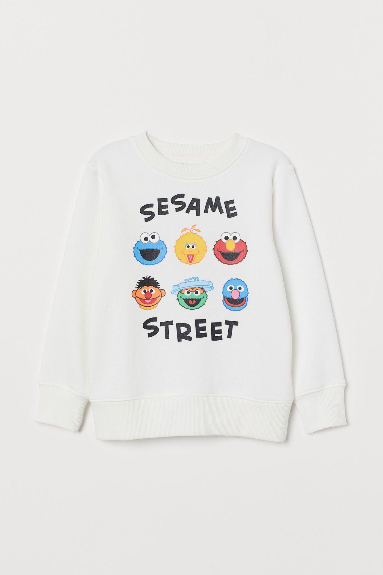 H&M X 芝麻街合作系列童裝,售價499元。圖/H&M提供