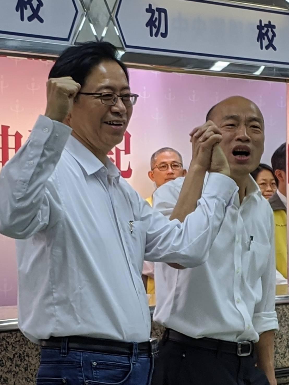 國民黨提名正副總統參選人韓國瑜(右)、張善政(左)。報系資料照片