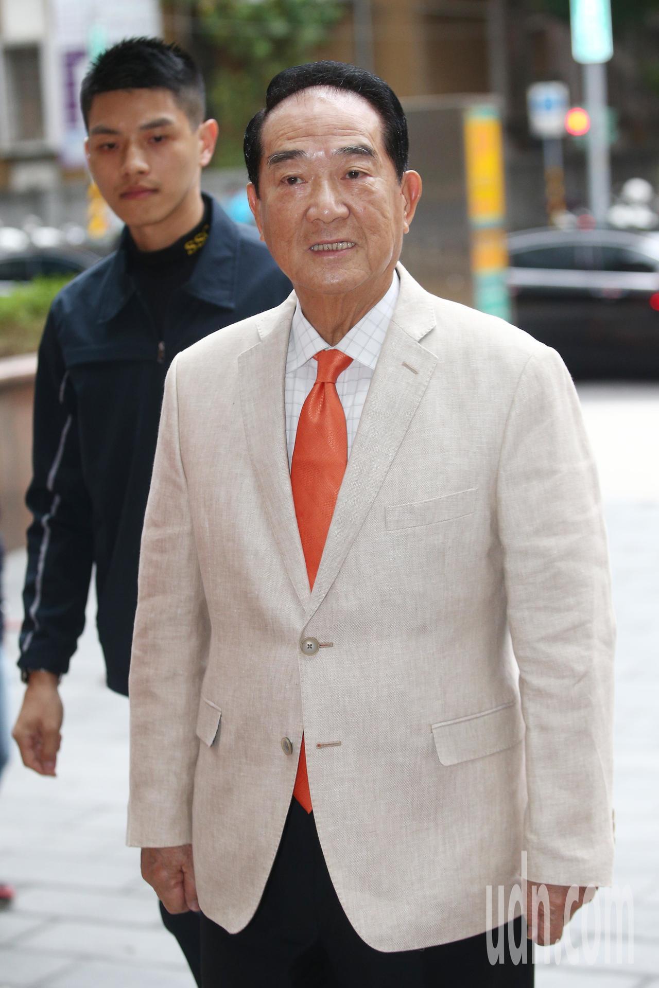 親民黨總統參選人宋楚瑜上午接受電台專訪。記者蘇健忠/攝影