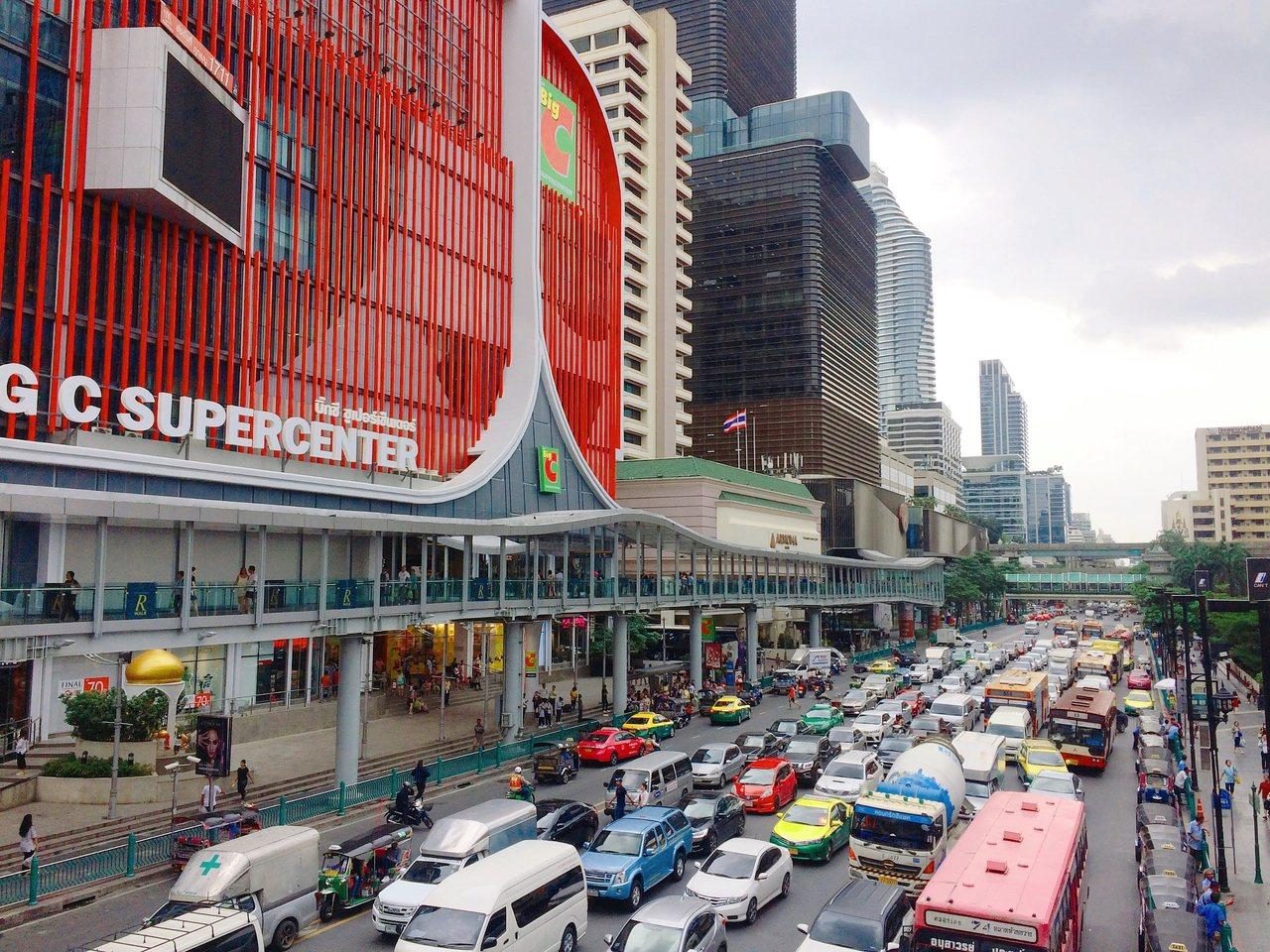 泰國年終大優惠範圍包含住宿、餐飲、百貨商場、醫療、Spa、珠寶藝品店、主題樂園等...
