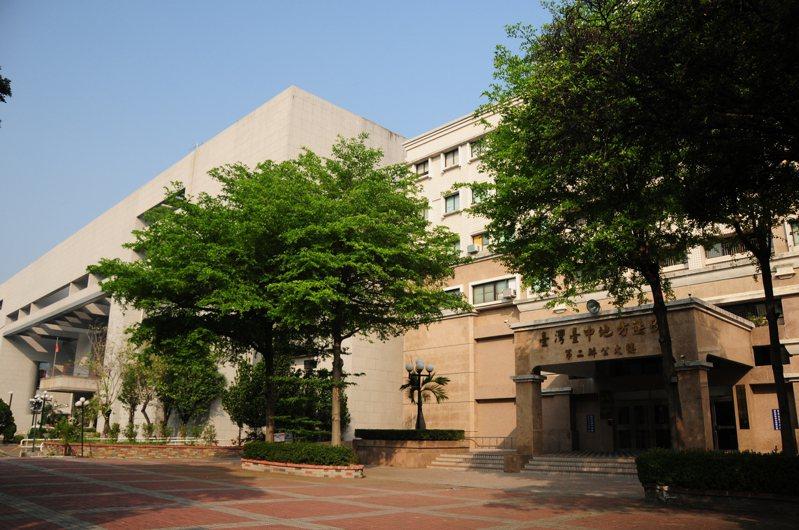 台中市民邱姓男子疑因兒子不乖,涉嫌不當管教凌虐3歲兒子致死,法官今天下午裁定將他羈押禁見。圖/本報資料照