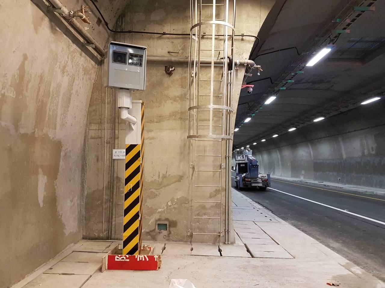 第2名蘇澳鎮台9線109公里又240公尺(東澳隧道南下),有9909件。圖/警方...
