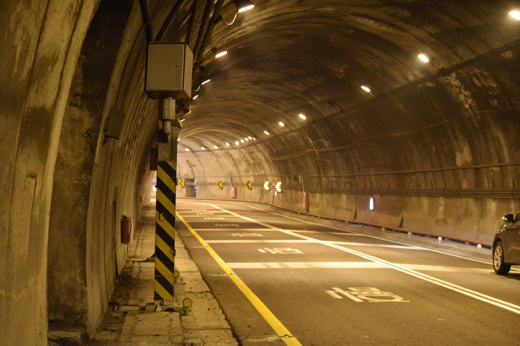 南澳鄉台9線新澳隧道北上限速40公里。圖/警方提供