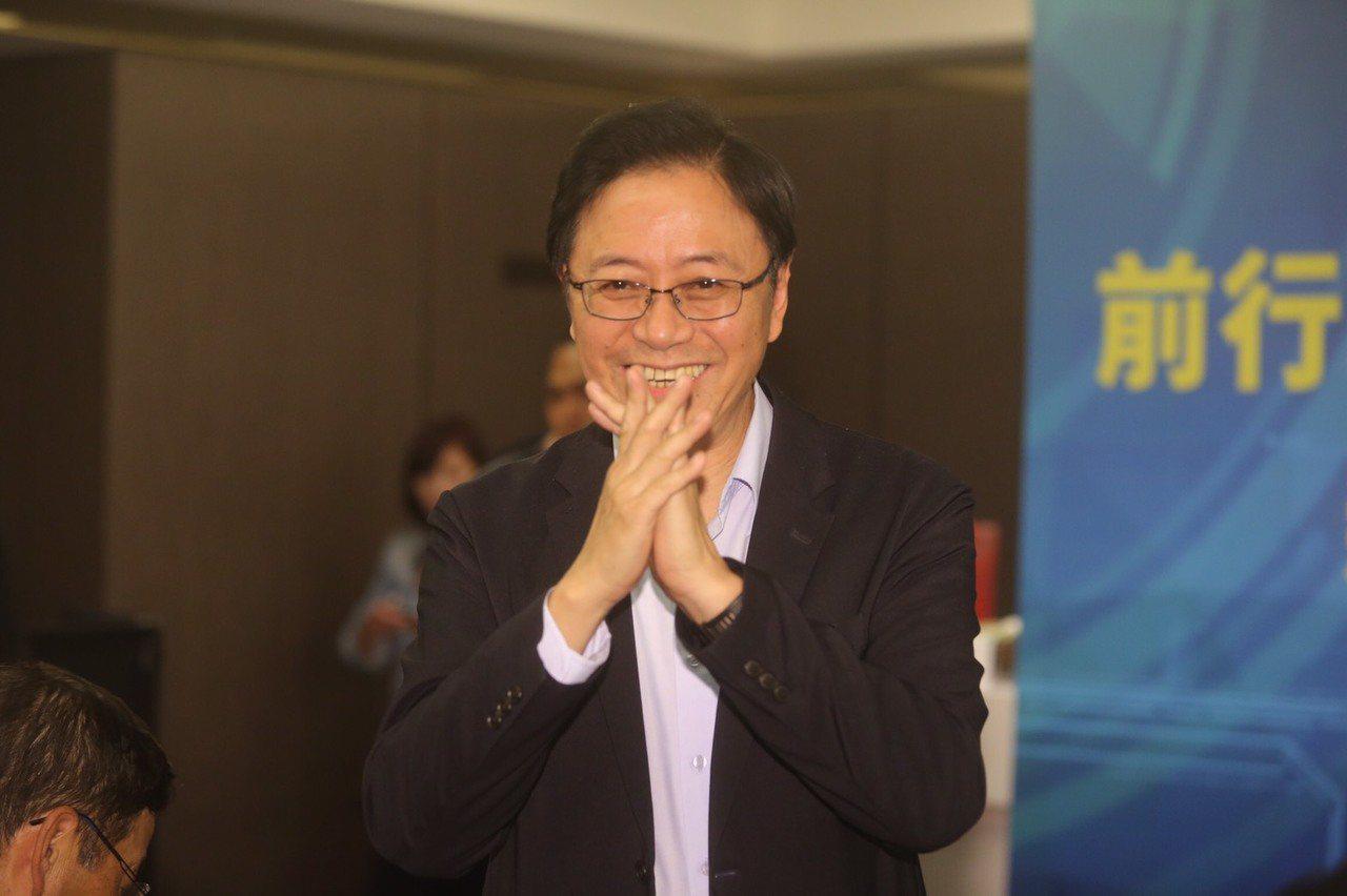 張善政說,他擔任韓國瑜的副手,希望明年成功,可以讓台灣民眾有好日子可過!記者黃仲...