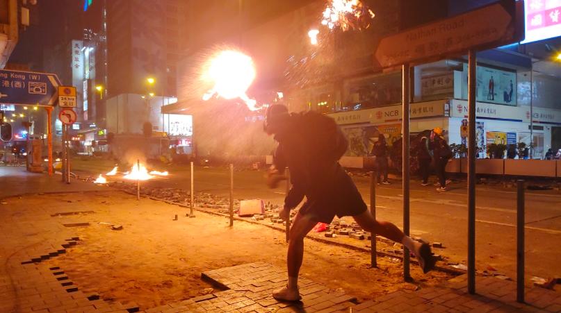 香港反送中造成的警民衝突持續5個多月未止。圖/取自星島網