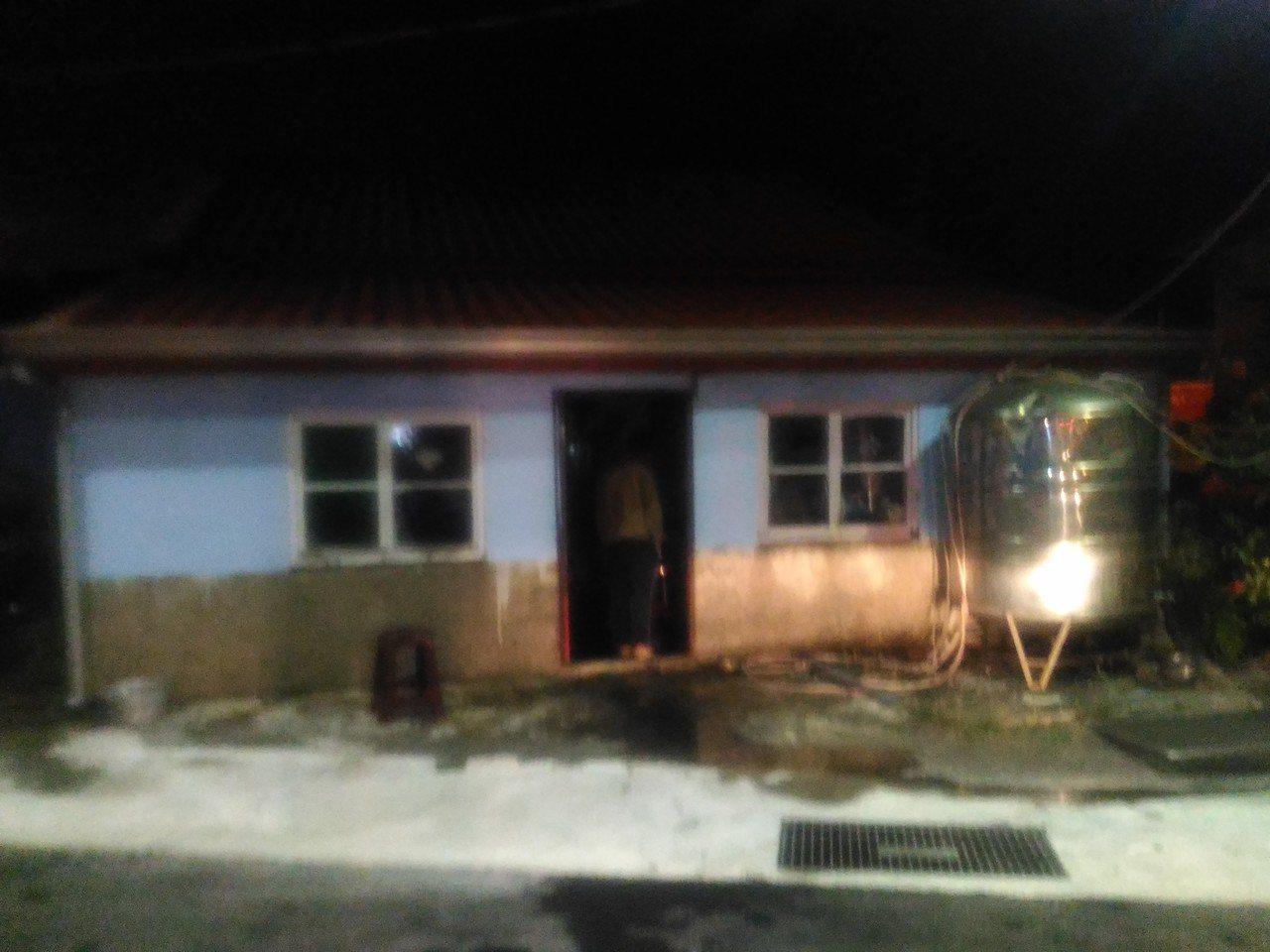 台南市城西街民宅火警,疑人為縱火。記者黃宣翰/攝影