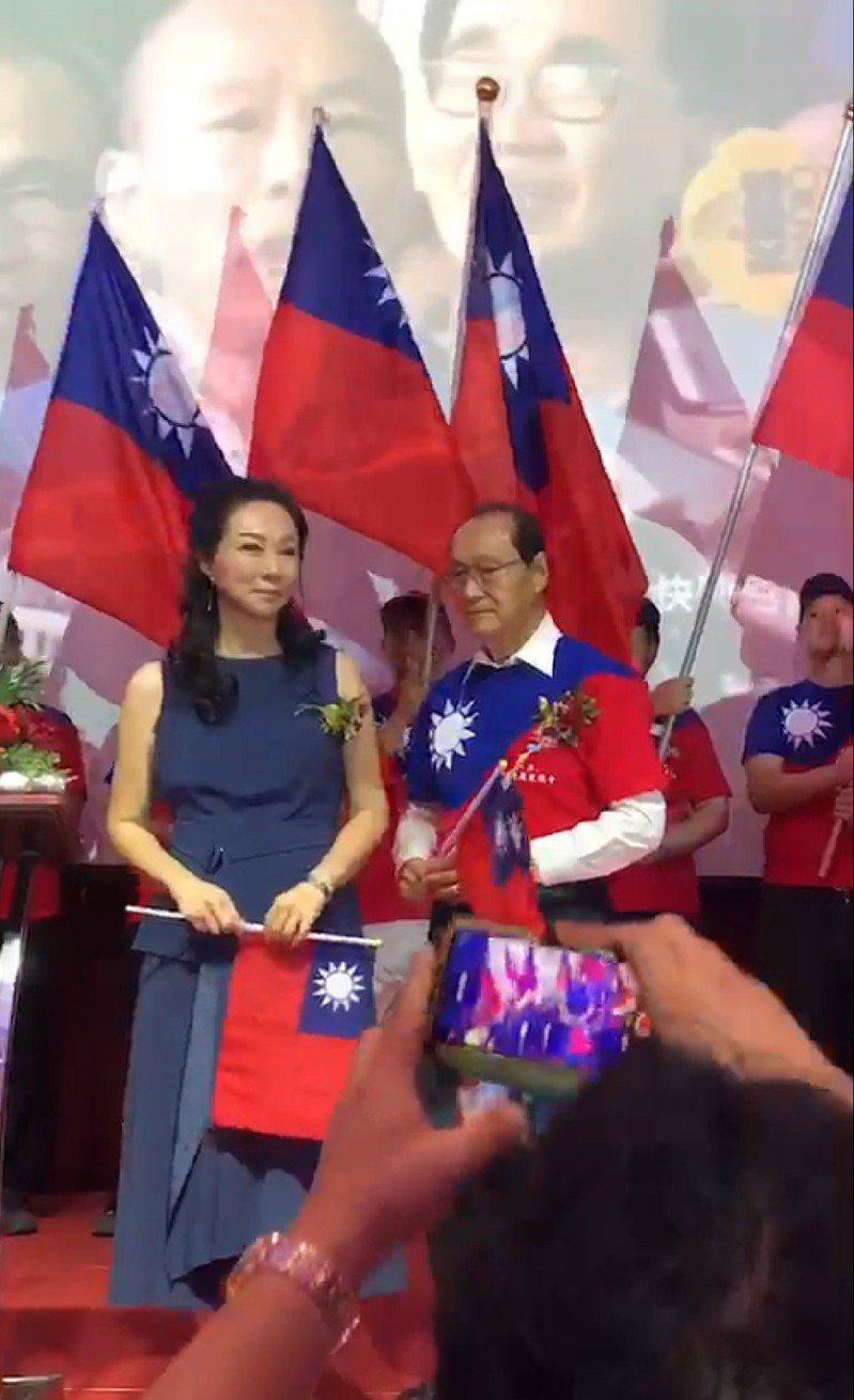 李佳芬晚上出席泰僑造勢晚會。記者蔡孟妤/翻攝