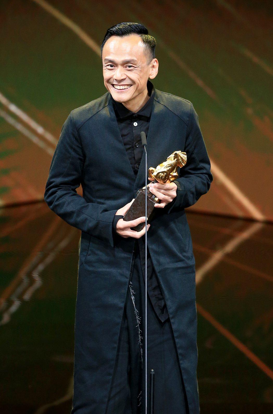 第56屆金馬獎頒獎典禮,陳以文以陽光普照獲頒最佳男主角獎。記者林伯東/攝影