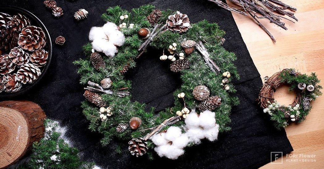 雪松聖誕花圈。 有肉Succulent & Gift/提供