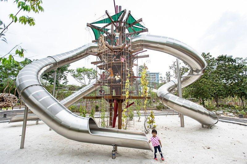 裕廊湖濱國家公園的重點之一,是結合「自然遊戲」理念的兒童遊戲空間。 圖/取自裕廊湖濱國家公園官網