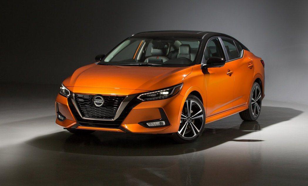 美規Nissan Sentra採用2.0升NA動力,有149匹馬力與20公斤米的...