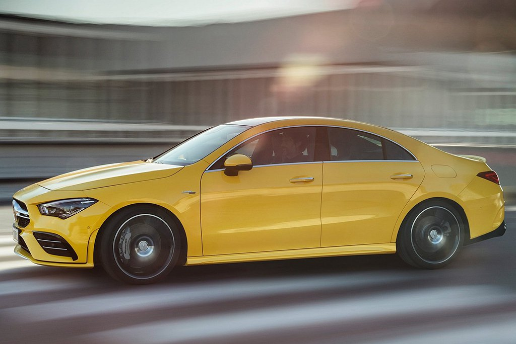 Mercedes-AMG CLA 35 4MATIC Coupe建議售價為台幣2...