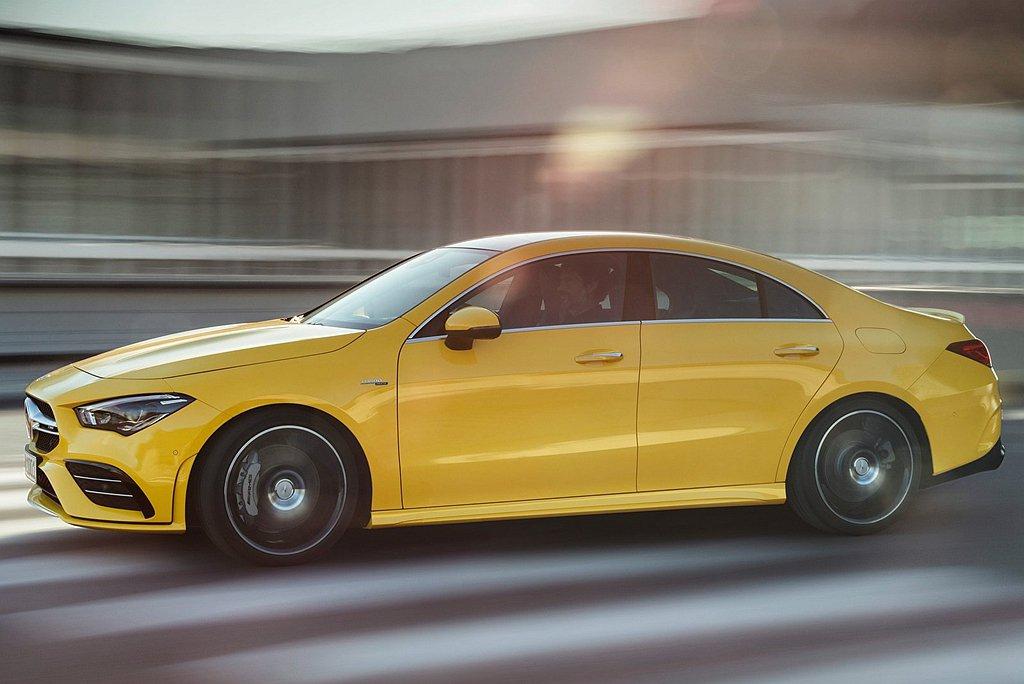 Mercedes-AMG CLA 35 4MATIC Coupe建議售價為台幣2...