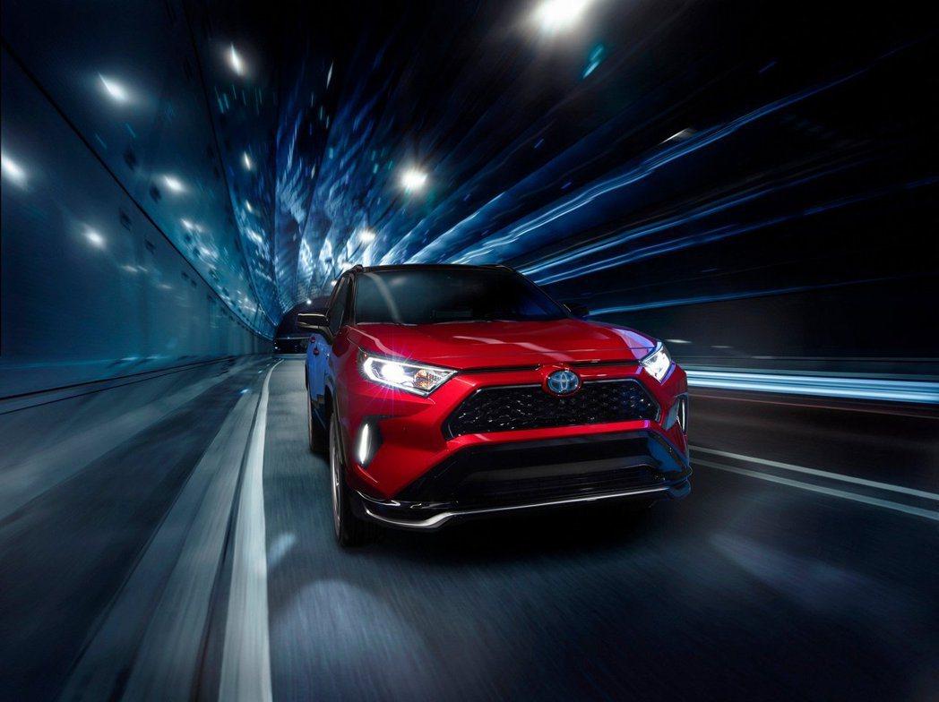 全新Toyota RAV4 Prime綜效馬力可達到302hp。 摘自Toyot...