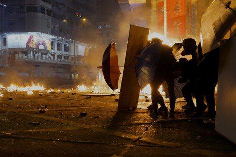《抵抗的義務》:什麼時候公民有義務犯法?