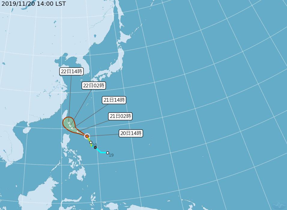 輕度颱風「鳳凰」後天最接近台灣。圖/取自中央氣象局網站