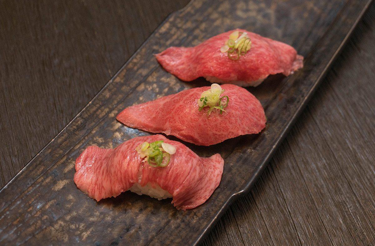 使用三種部位的和牛握壽司,每份1,200元。圖/旺盛苑提供