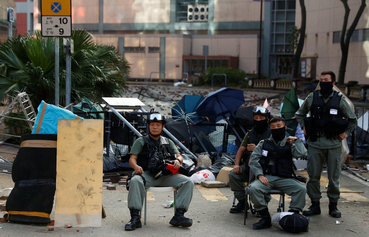 反送中抗爭延燒至校園,理大的抗爭仍然持續中。 路透社