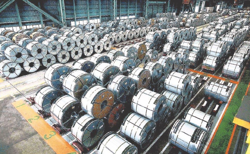 鋼市疲弱不堪,中下游用戶要求降價聲浪排山倒海而來,中鋼面對市場壓力,預定明(22...