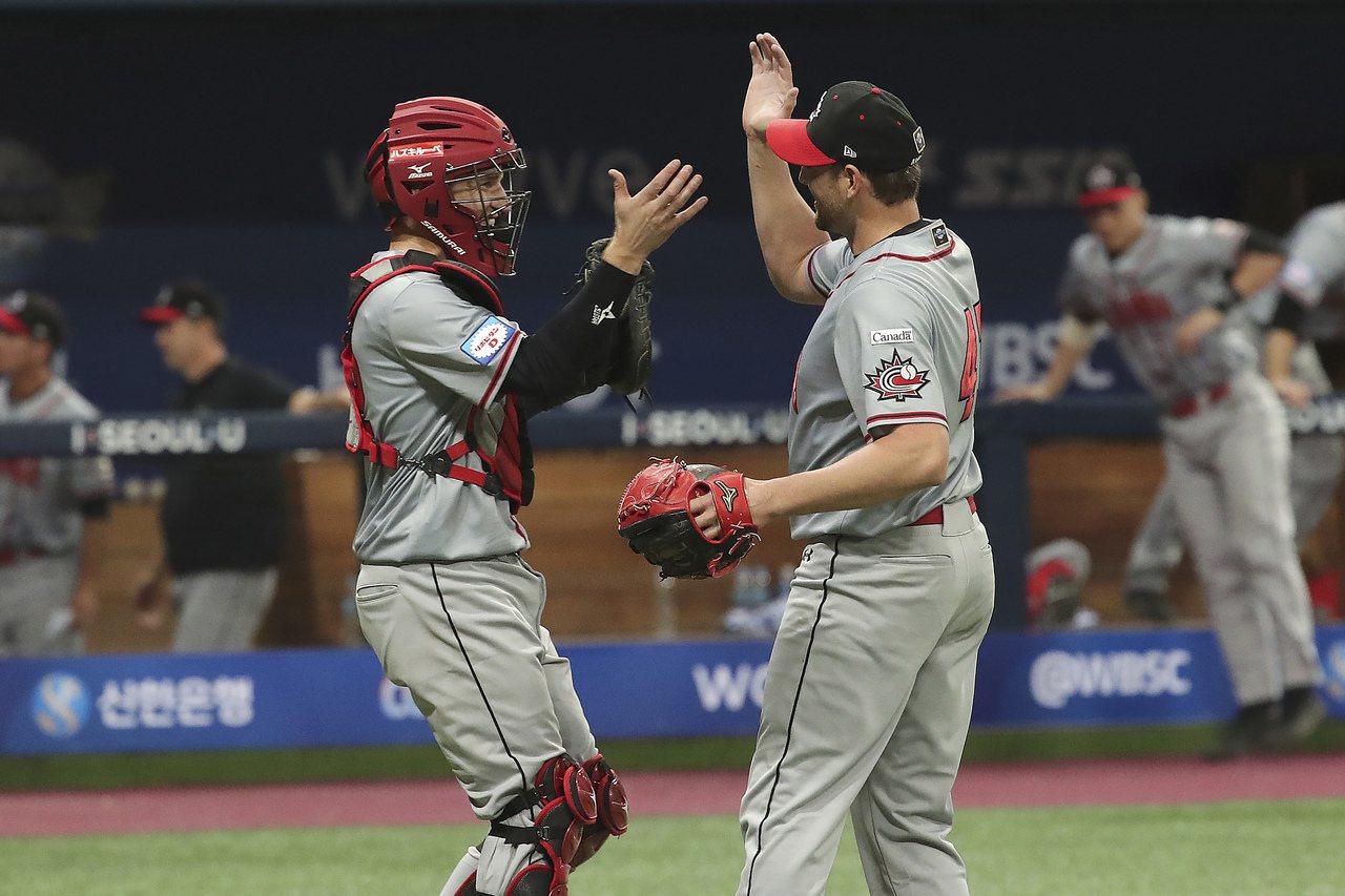 35歲投手馬迪森(右)8年青春獻給日本職棒,上個月宣告退休,但他還有一場終局之戰...