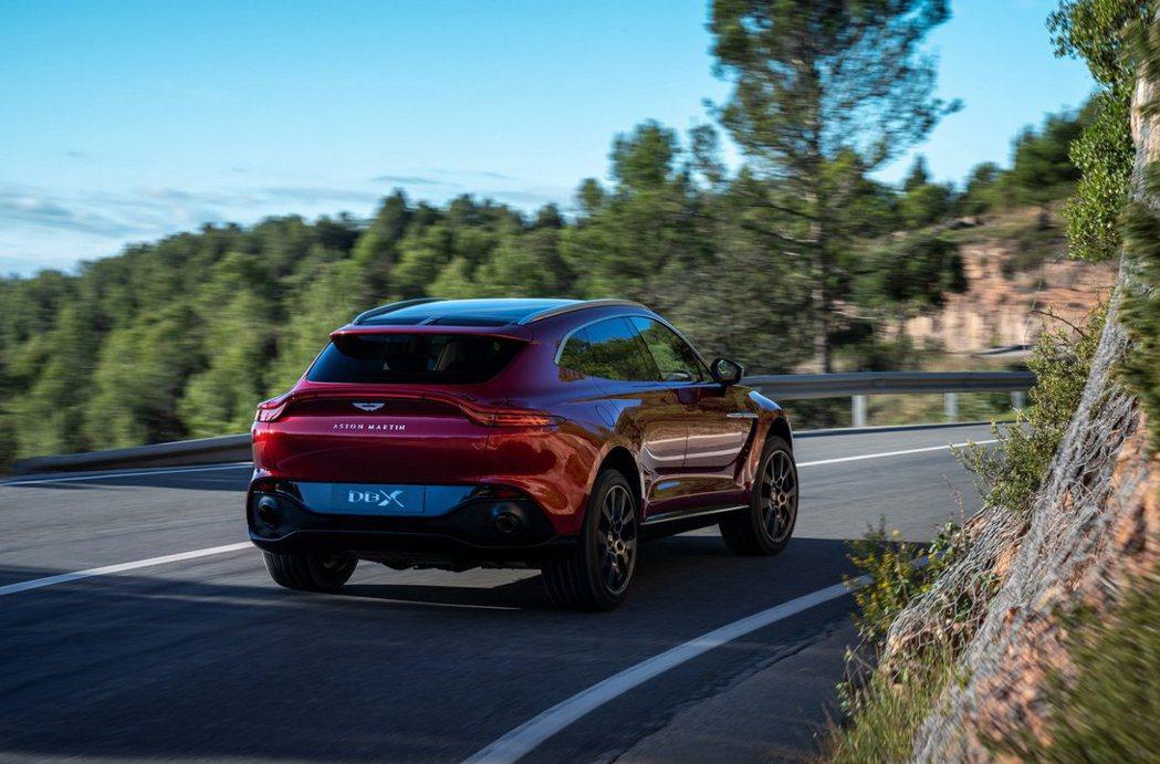 Aston Martin DBX。 Aston Martin提供