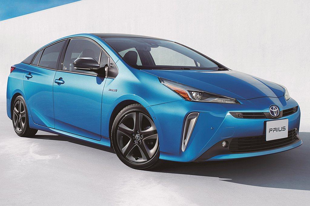 原本銷售名列前茅的Toyota Prius複合動力車款則排名第四。 圖/Toyo...