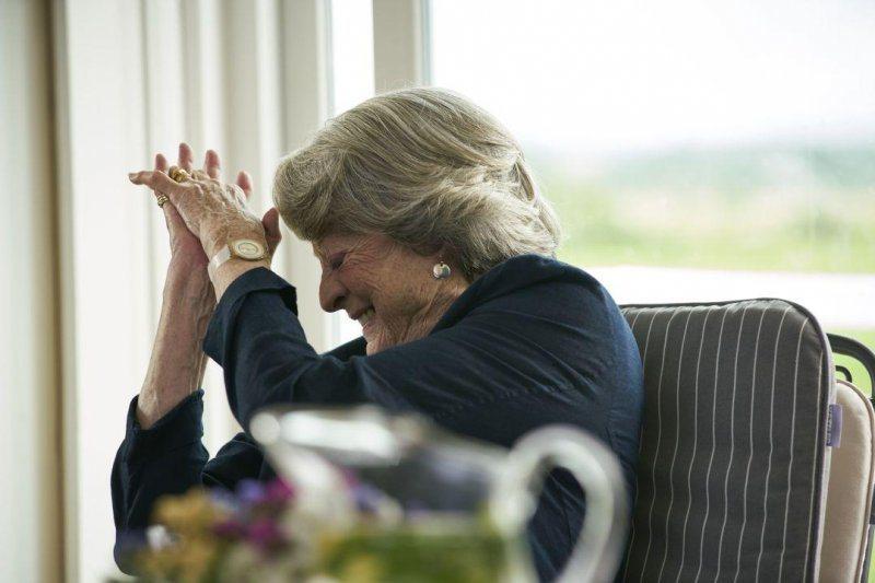 瑪姬史密斯(Maggie Smith),《女神們的下午茶》劇照。 圖/水元素文創提供