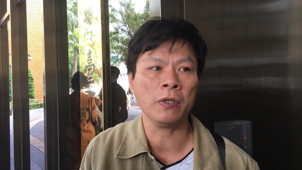 廖志昕的父親今天出庭,認為警專推卸責任。記者林孟潔/攝影