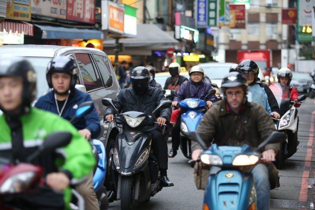 台灣癌症基金會執行長賴基銘表示,據2016年世界銀行發布報告指出 ,空氣汙染已成...