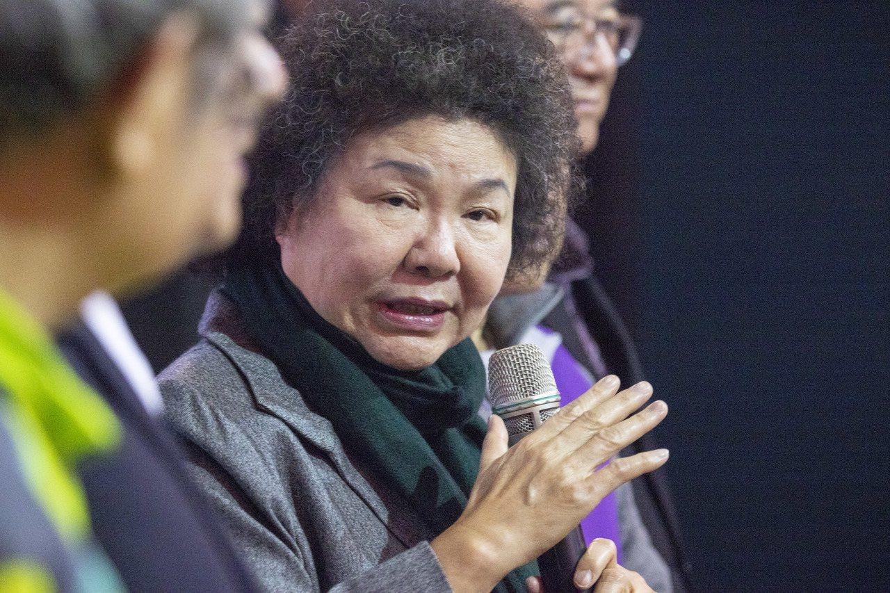 台北市長柯文哲說,不得已只好得罪新潮流。總統府秘書長陳菊說,她不了解。記者王敏旭...