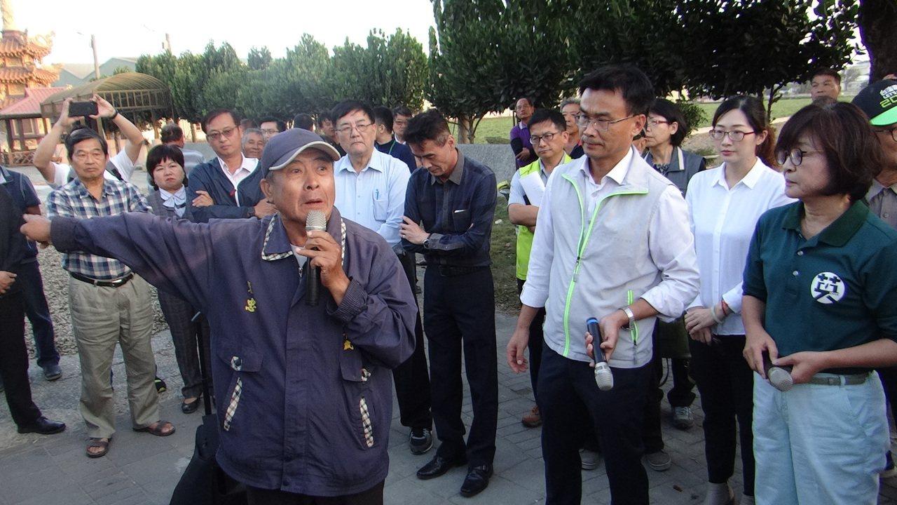 忠民村長吳明和出面為陳吉仲說公道話。記者蔡維斌/攝影