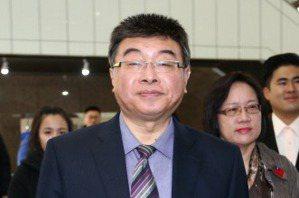 馬辦揚言提告 邱毅再發臉書反擊
