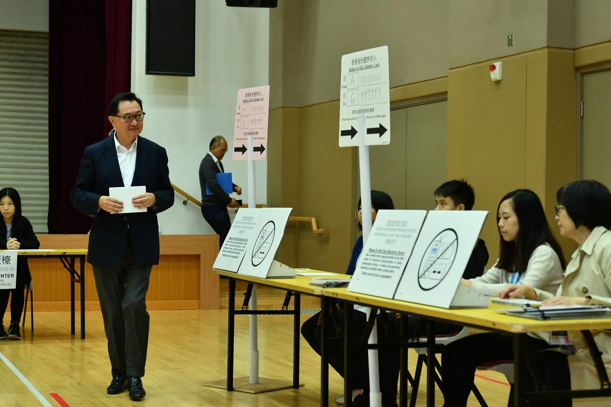 聯合報社論/脆弱城市:周日選舉能否使香港還魂?