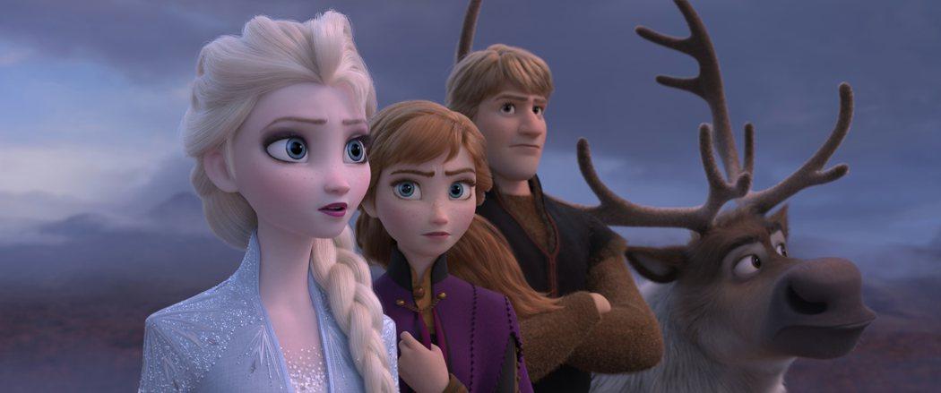 「冰雪奇緣2」來勢洶洶,被視為秋季最強大片之一。圖/迪士尼提供