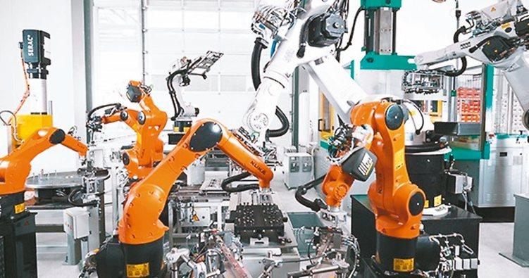 AI與5G等議題發燒,今年來百達機器人科技基金漲幅近三成最強。 (網路照片)
