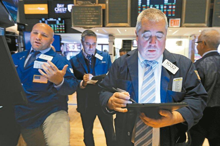 法人表示,特別股可趁拉回時進場。 美聯社