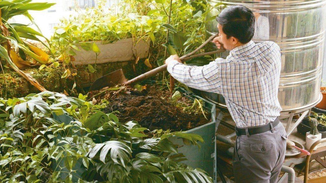 員工廚餘會成為有機肥。 圖/願景工程
