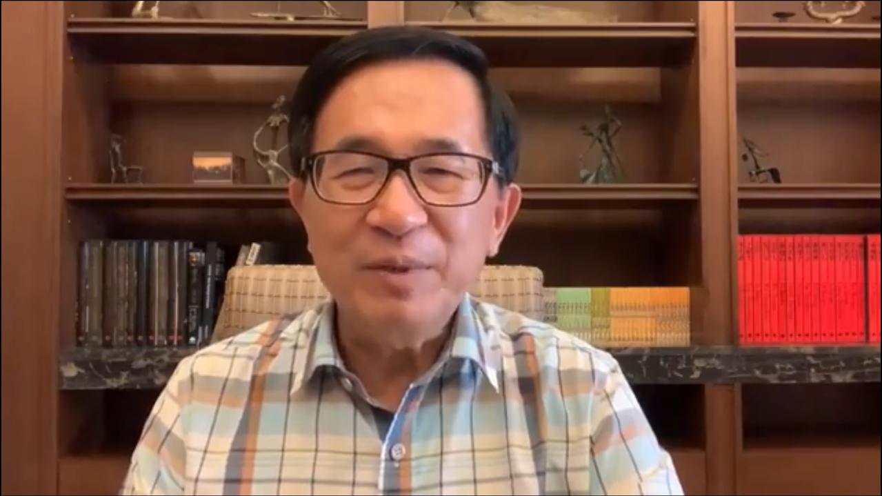 前總統陳水扁今天在臉書提醒「蔡賴配」,距投票日還有50天,不能掉以輕心。圖/翻攝...