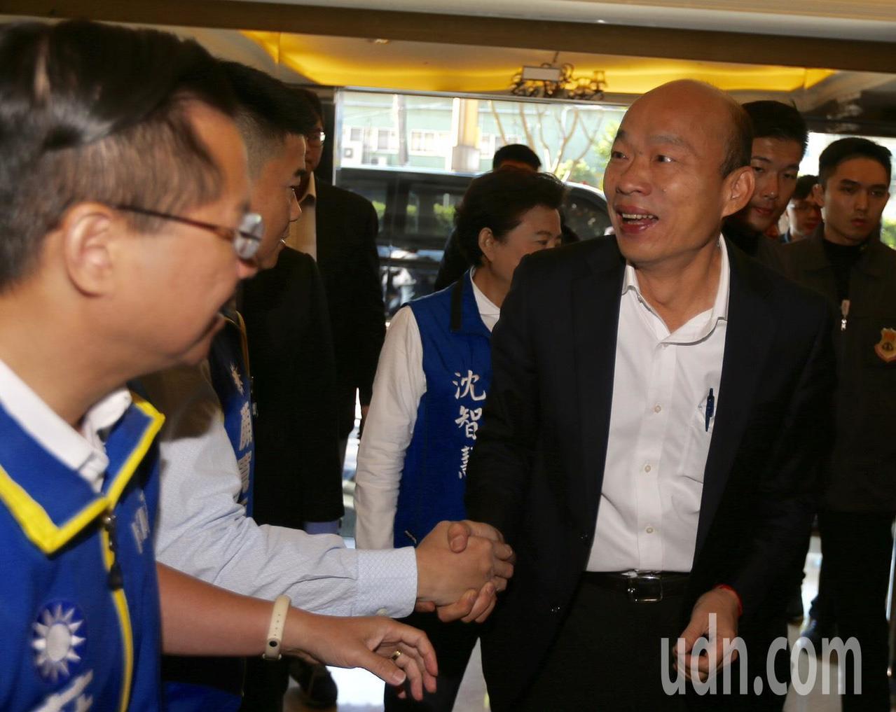 國民黨總統參選人韓國瑜今到台中與企業座談,韓國瑜說,從南到北用一個字形容台灣就是...